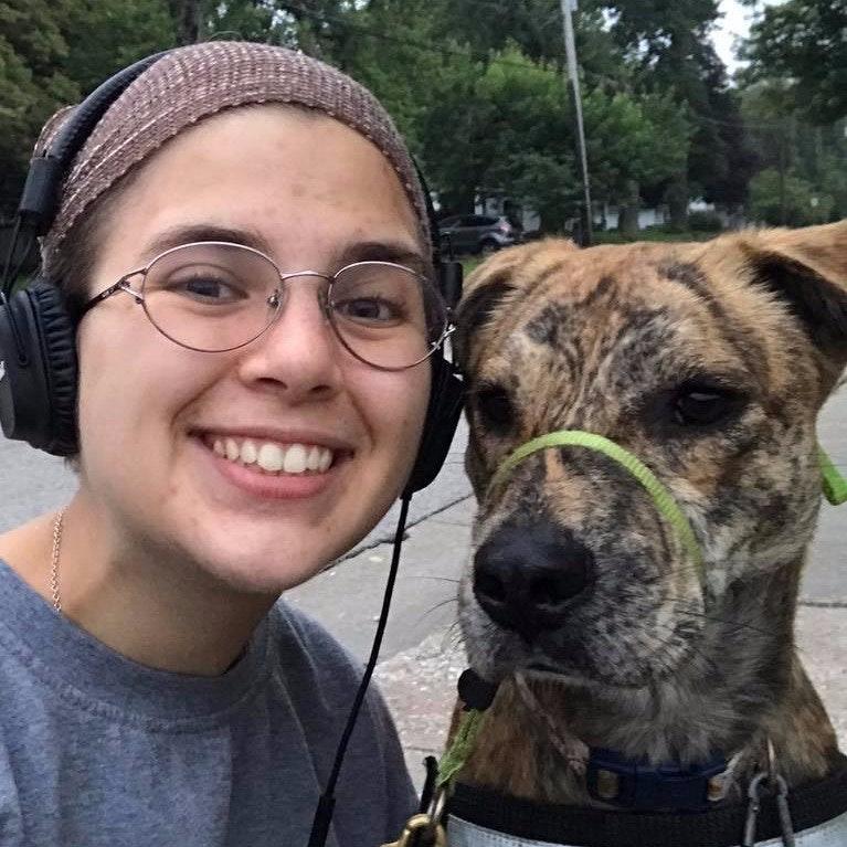 dog walker Maxine