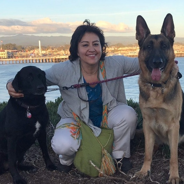 dog walker Carmen Rocio