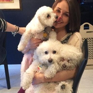 dog walker Emalie