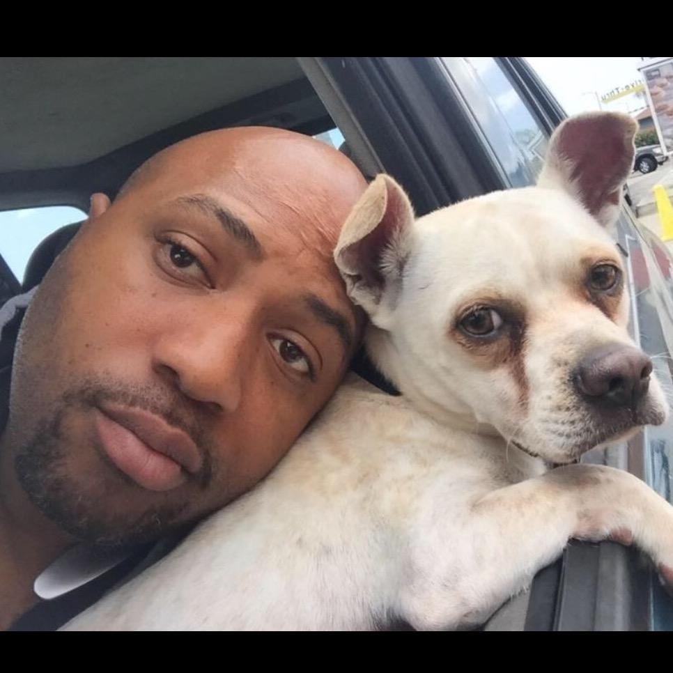 dog walker Omar