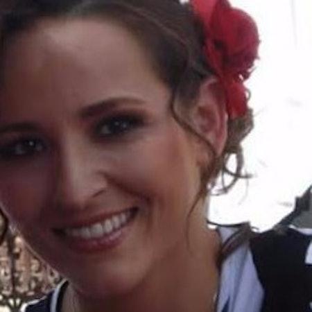 Ana Elisa A.