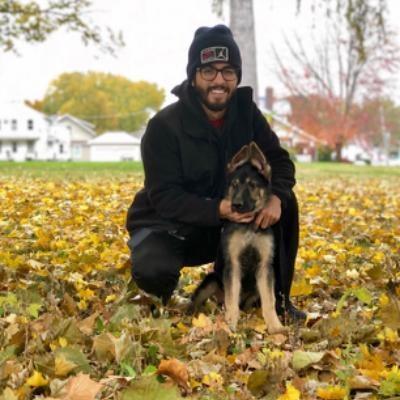 dog walker Carlos