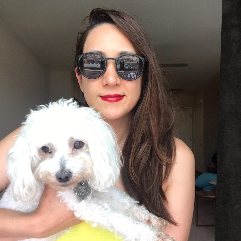 dog walker Giselle