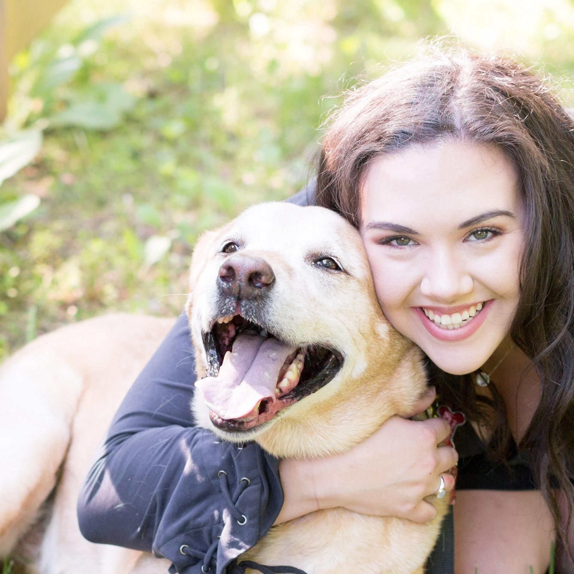 dog walker Carson