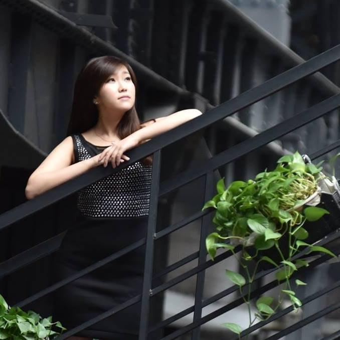 Jingyi L.