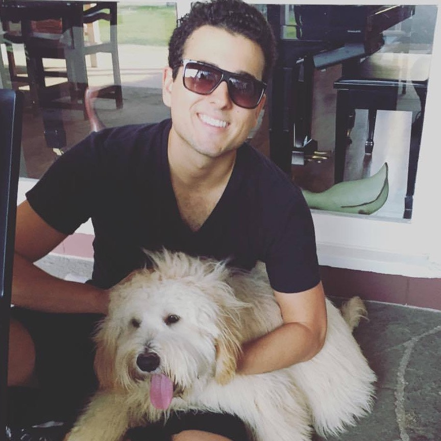 dog walker Giovanni