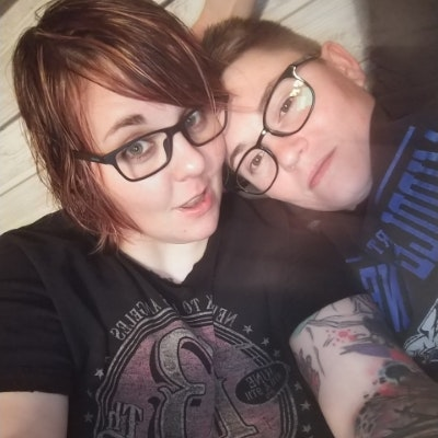 pet sitter Stevie & Jenna