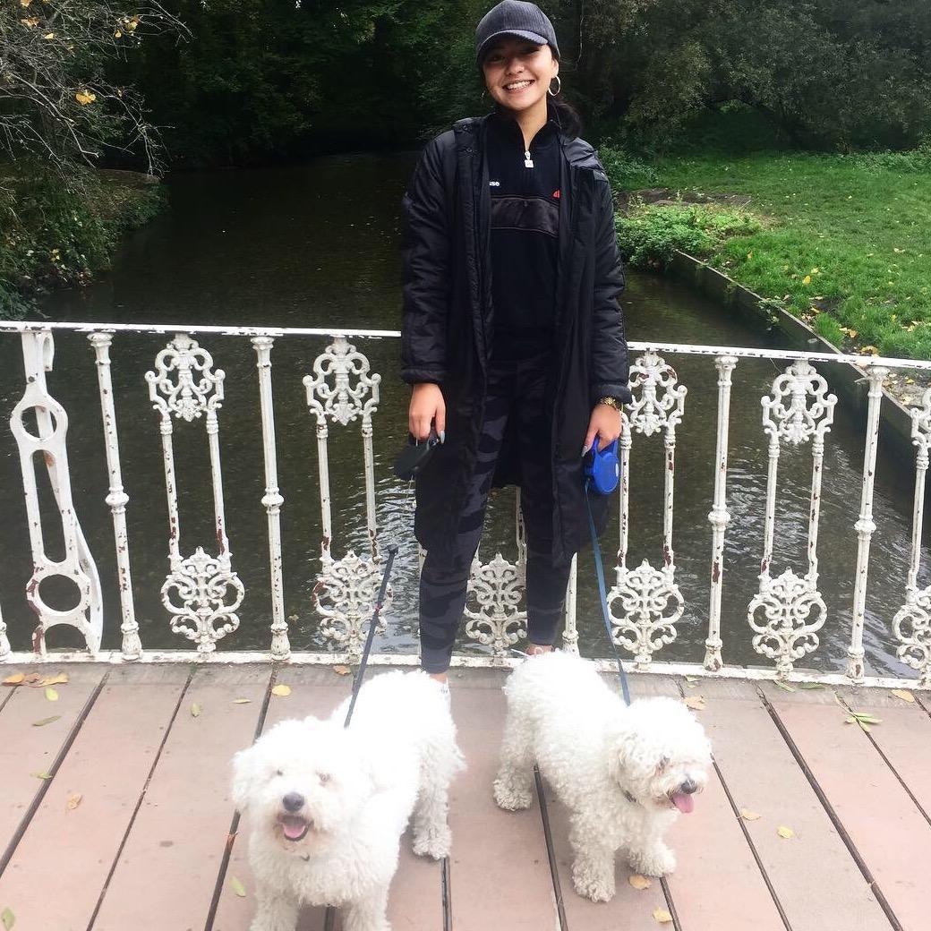 dog walker Antoinette