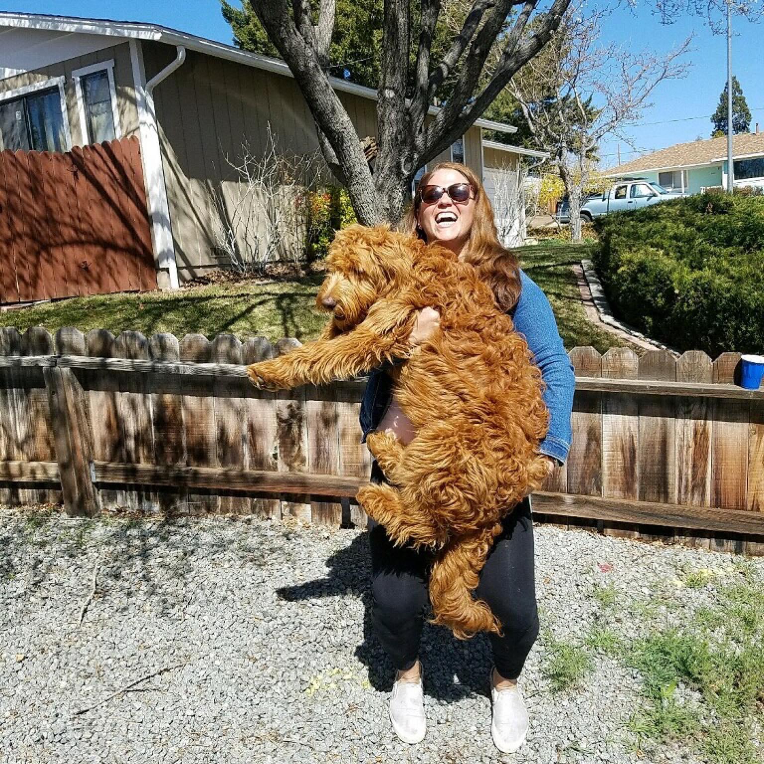 dog walker Elise