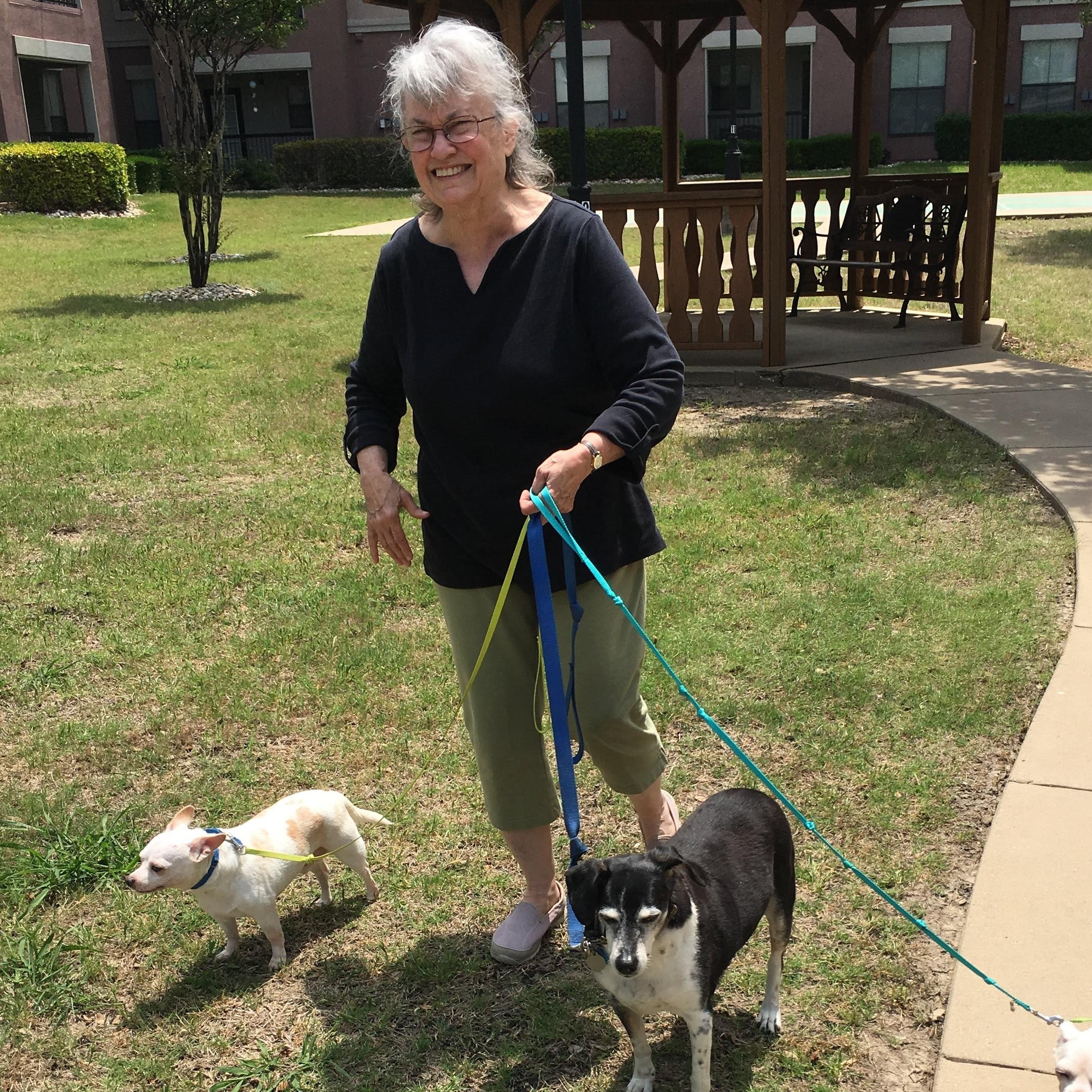 dog walker Glenna Sue