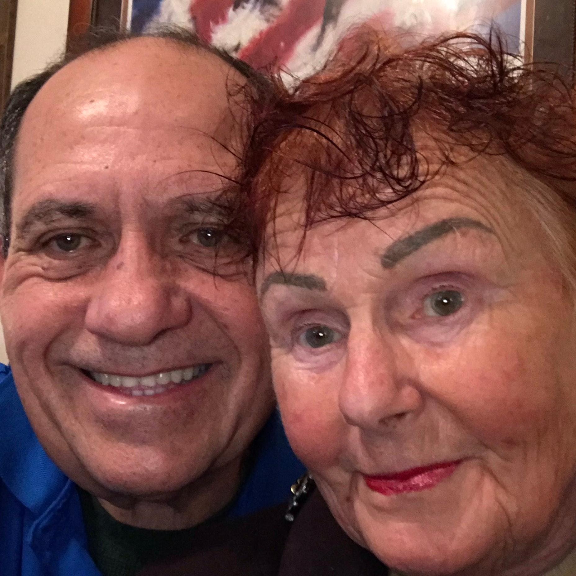pet sitter Carlos & Jenny