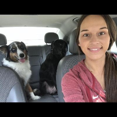 dog walker Dakota & Blake