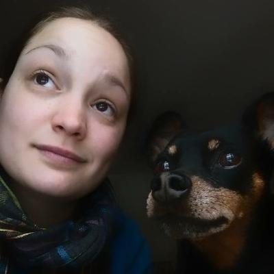 dog walker Nissa