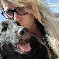 dog walker Destinee
