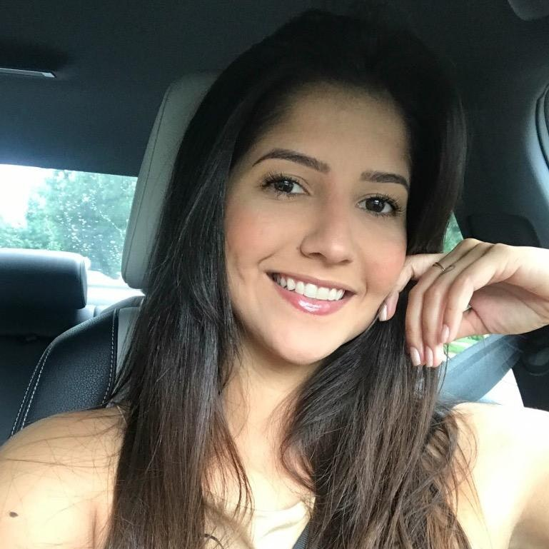 Letícia M.