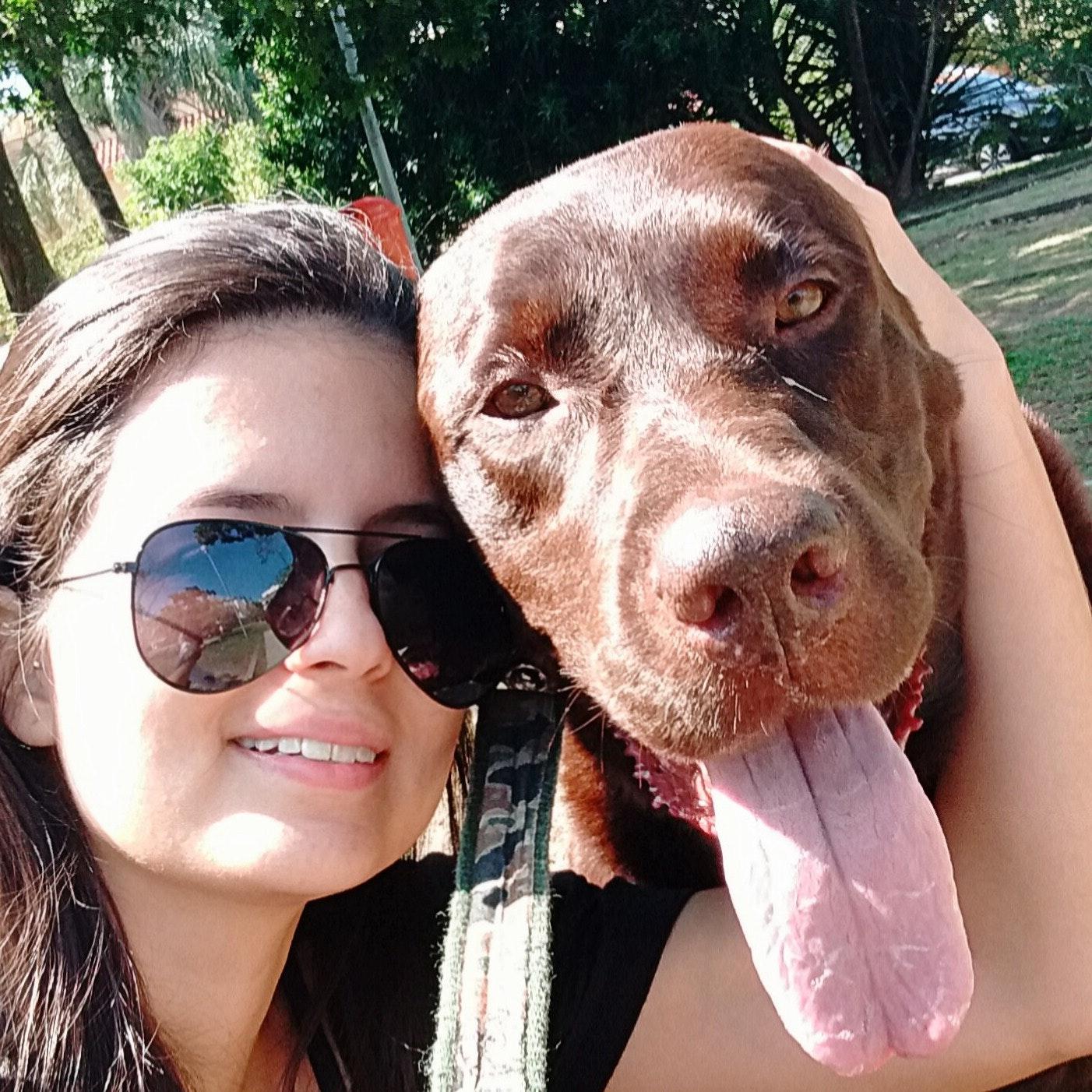 dog walker Carina