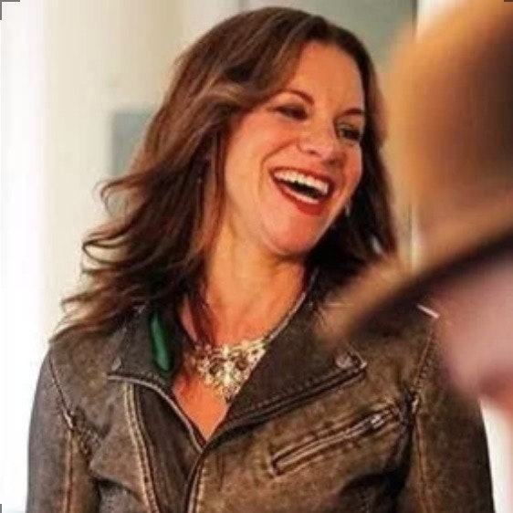 dog walker Absinthia
