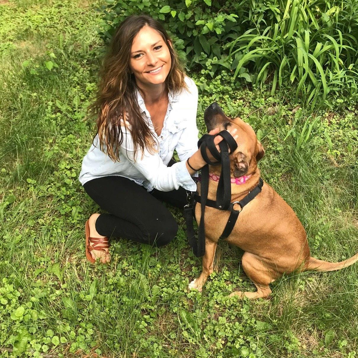 dog walker Cayla