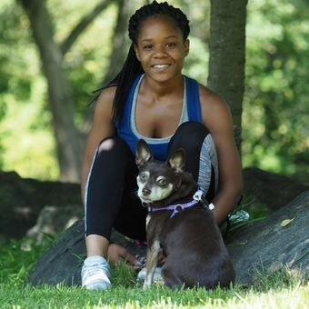 pet sitter Latoya