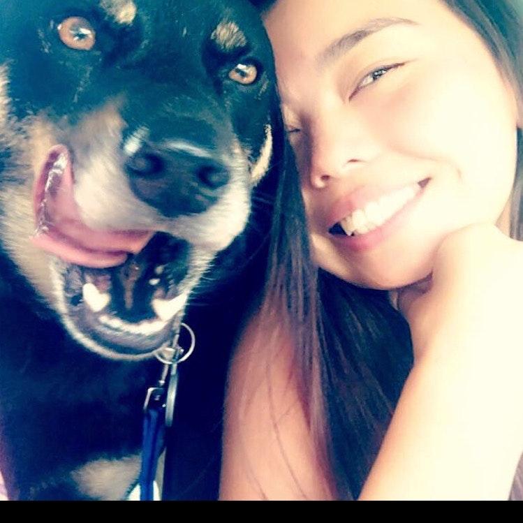 dog walker Cienna