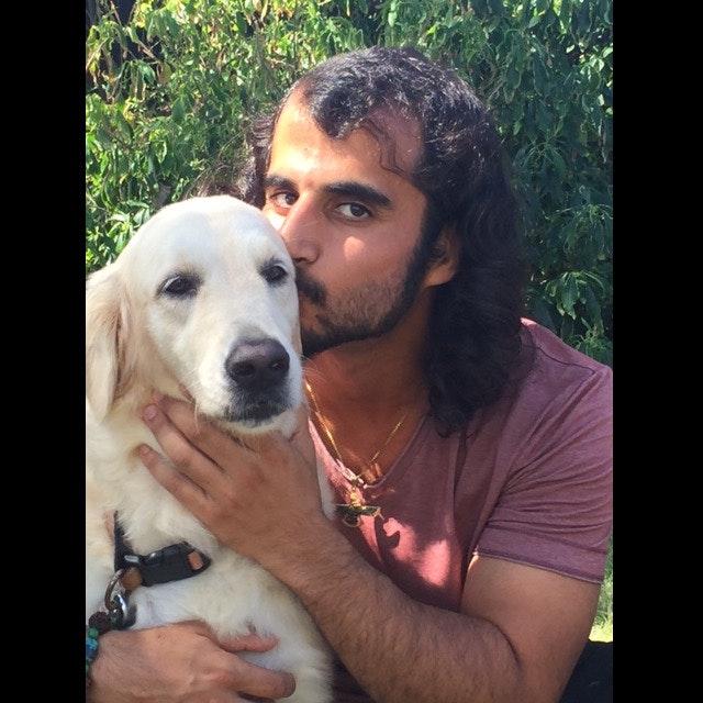 dog walker Farzin