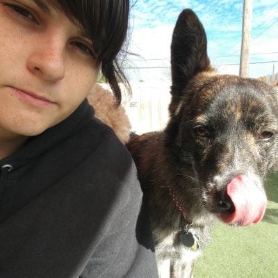 dog walker Desiree