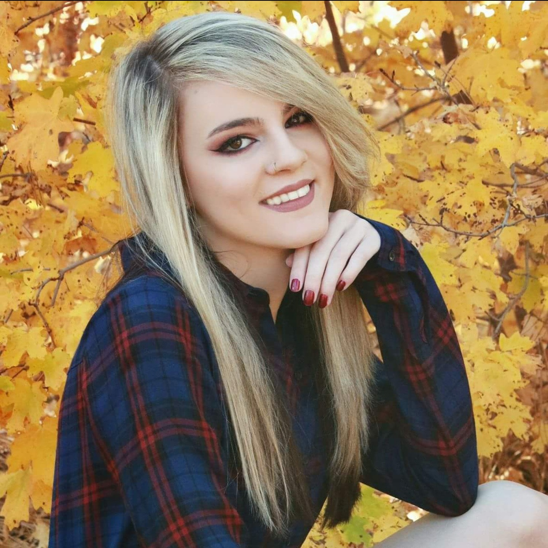 Kayley B.