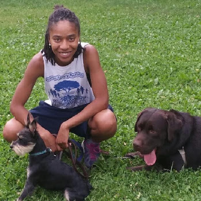 dog walker Tierra