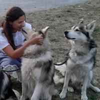 dog walker Yuliya