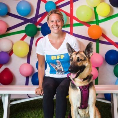 dog walker Hayli