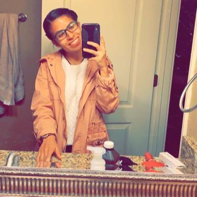 house sitter Ayanna