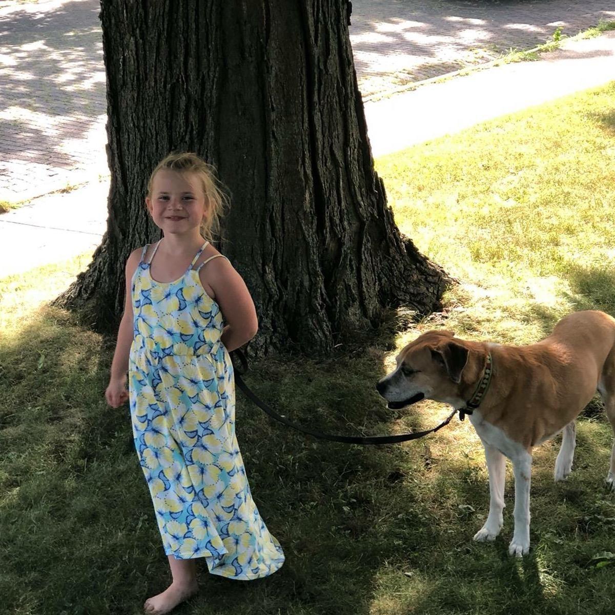 dog walker Mindy
