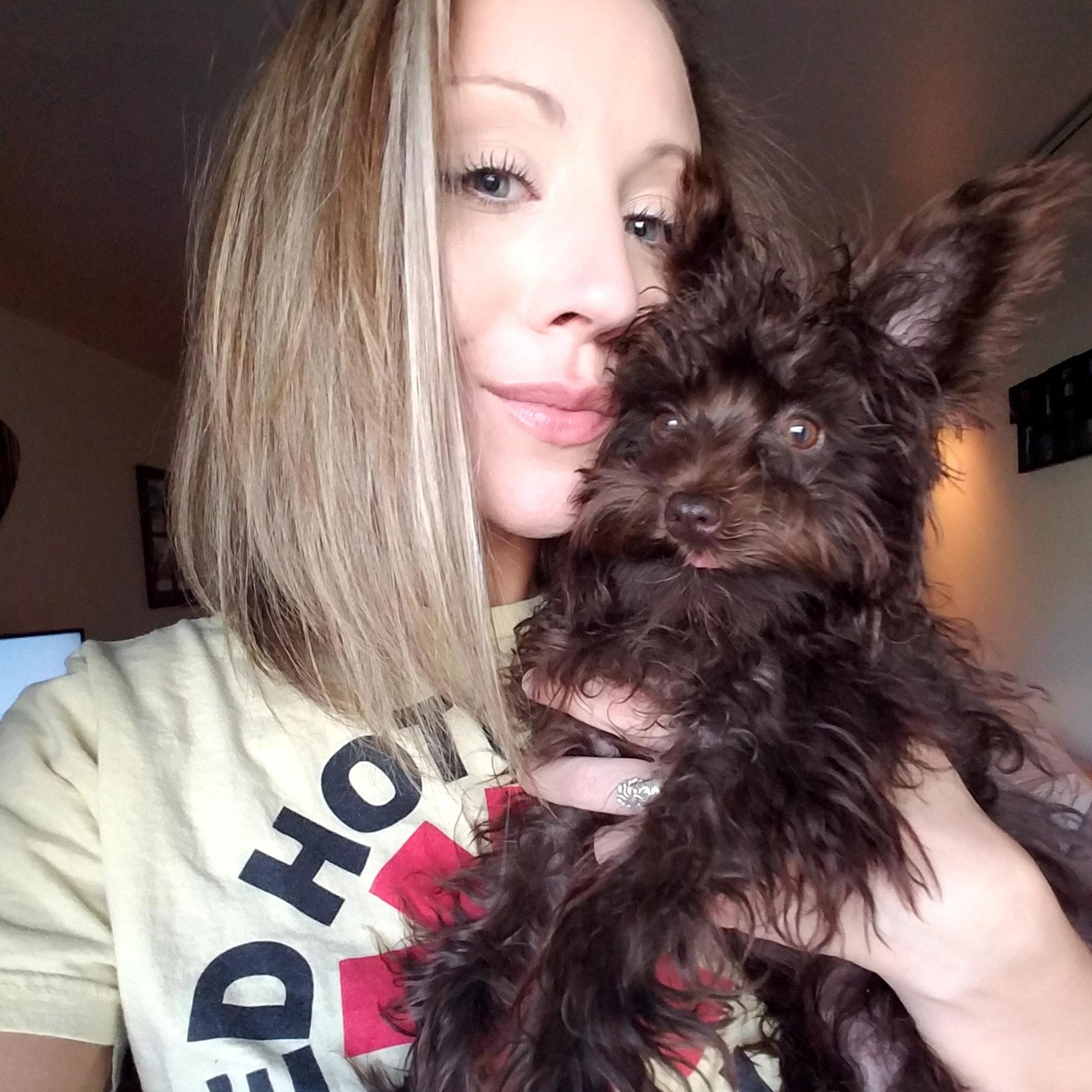 pet sitter Caitlyn