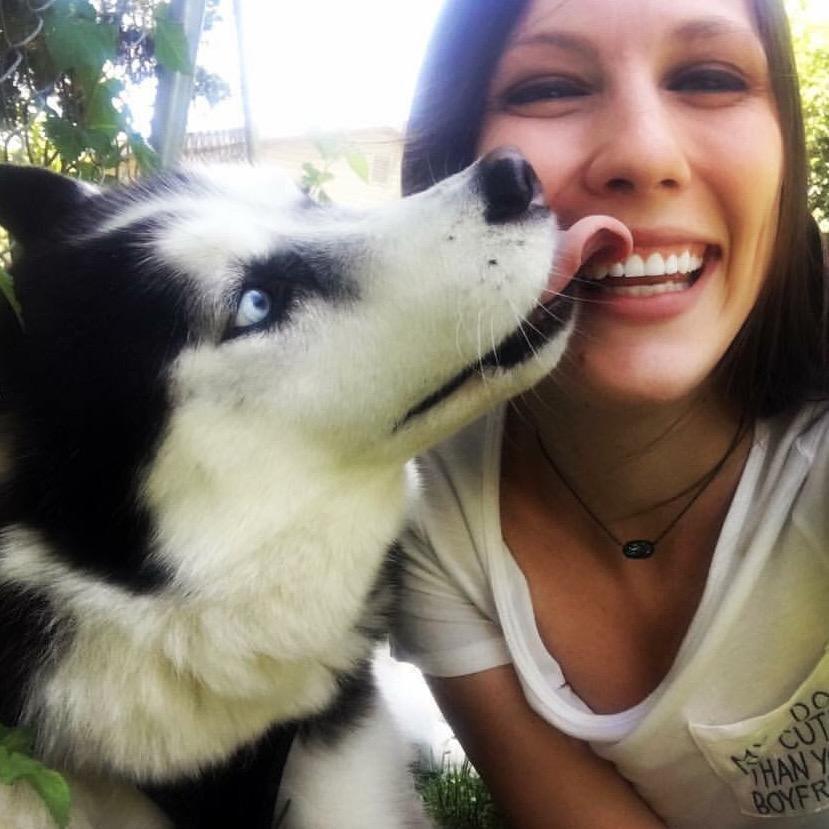 dog walker Alexia