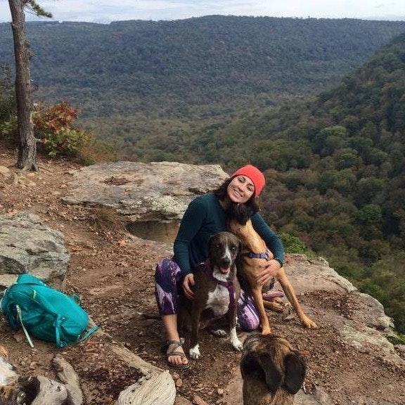 dog walker Sashia