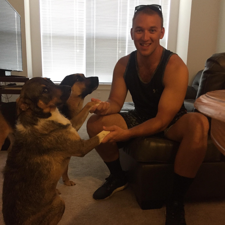dog walker Pierce