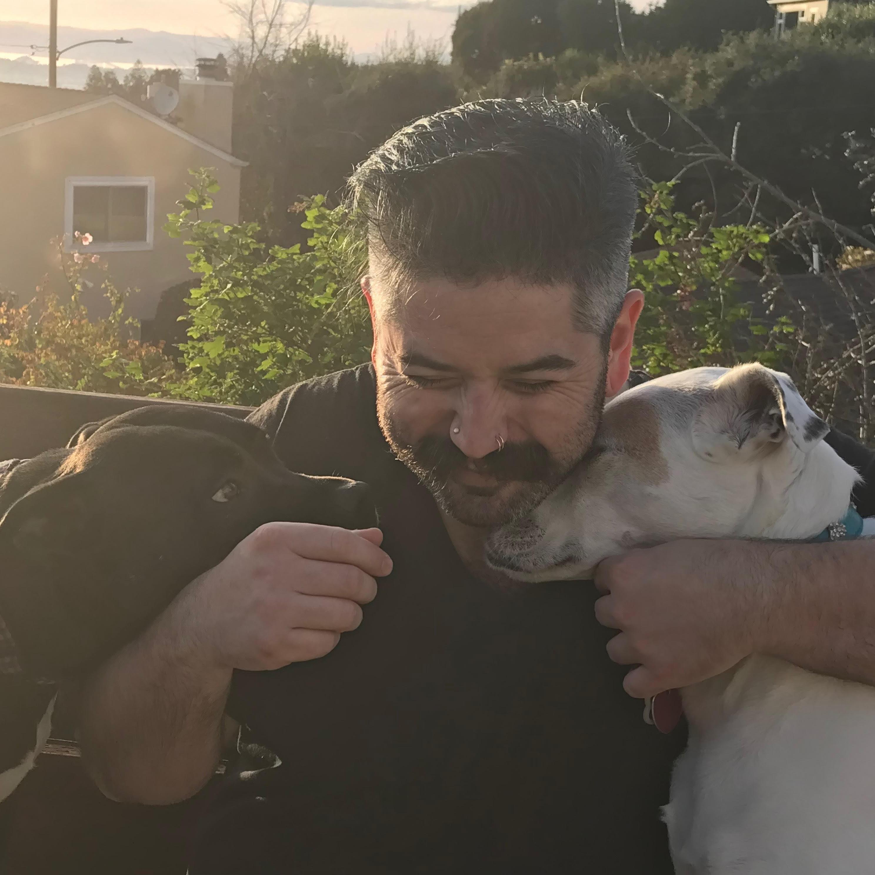 dog walker Antonio