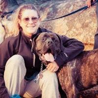 dog walker Maggie & Ed
