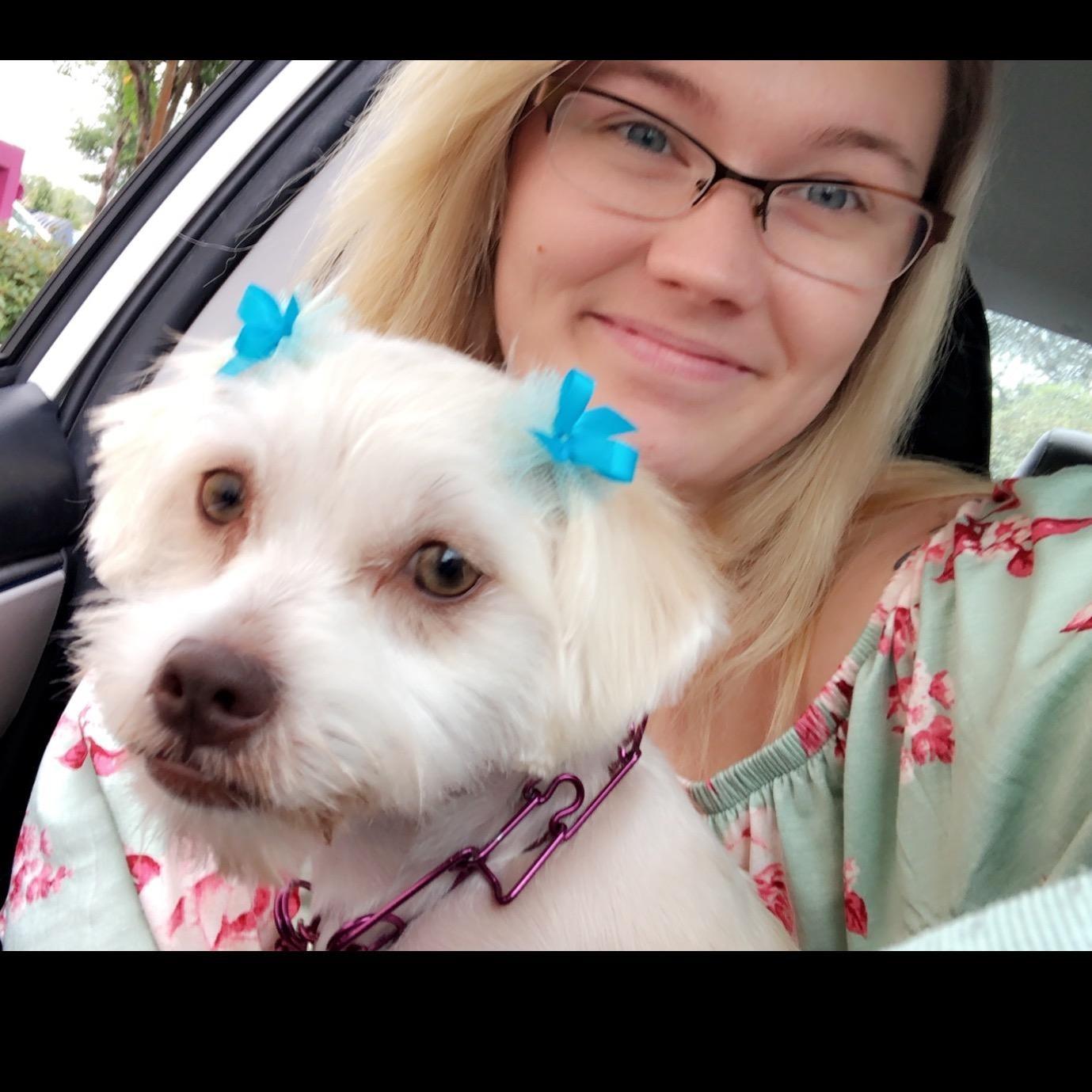dog walker Cami