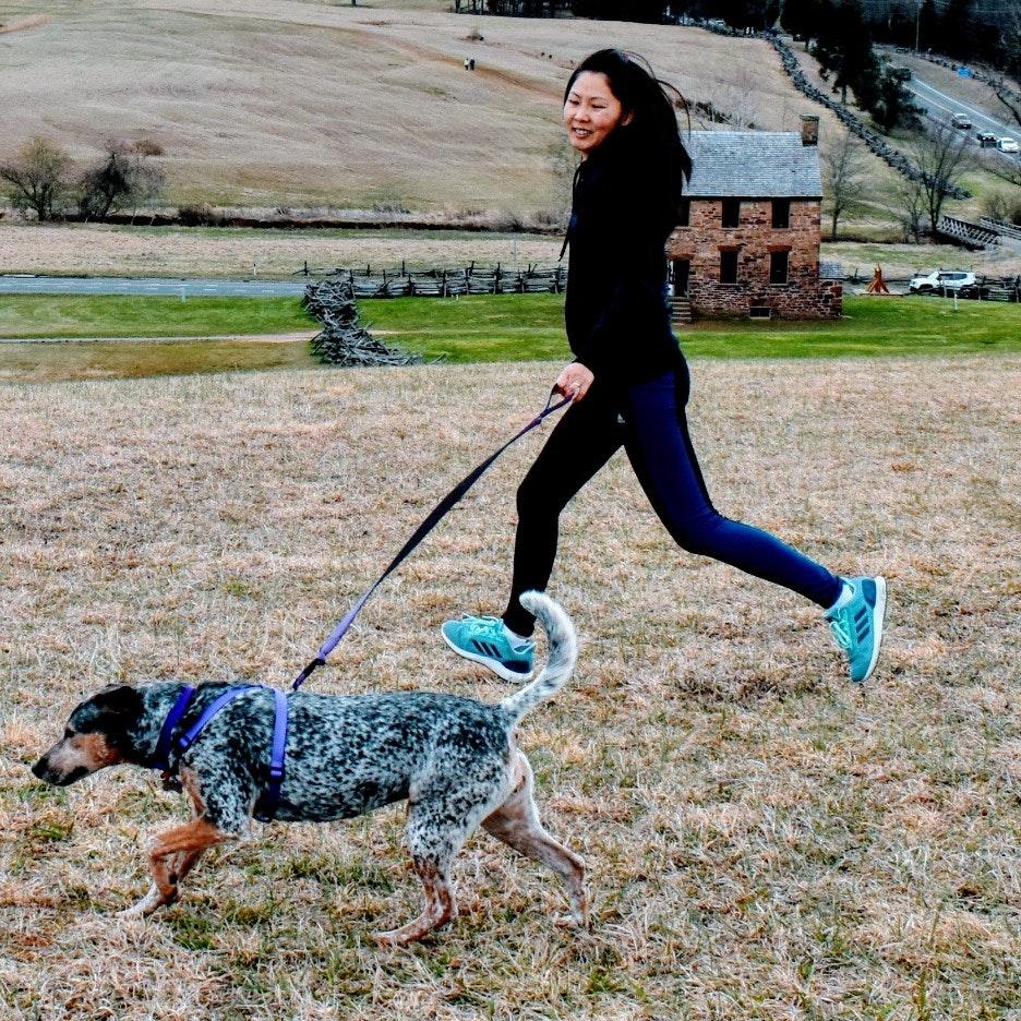 dog walker Cecilia