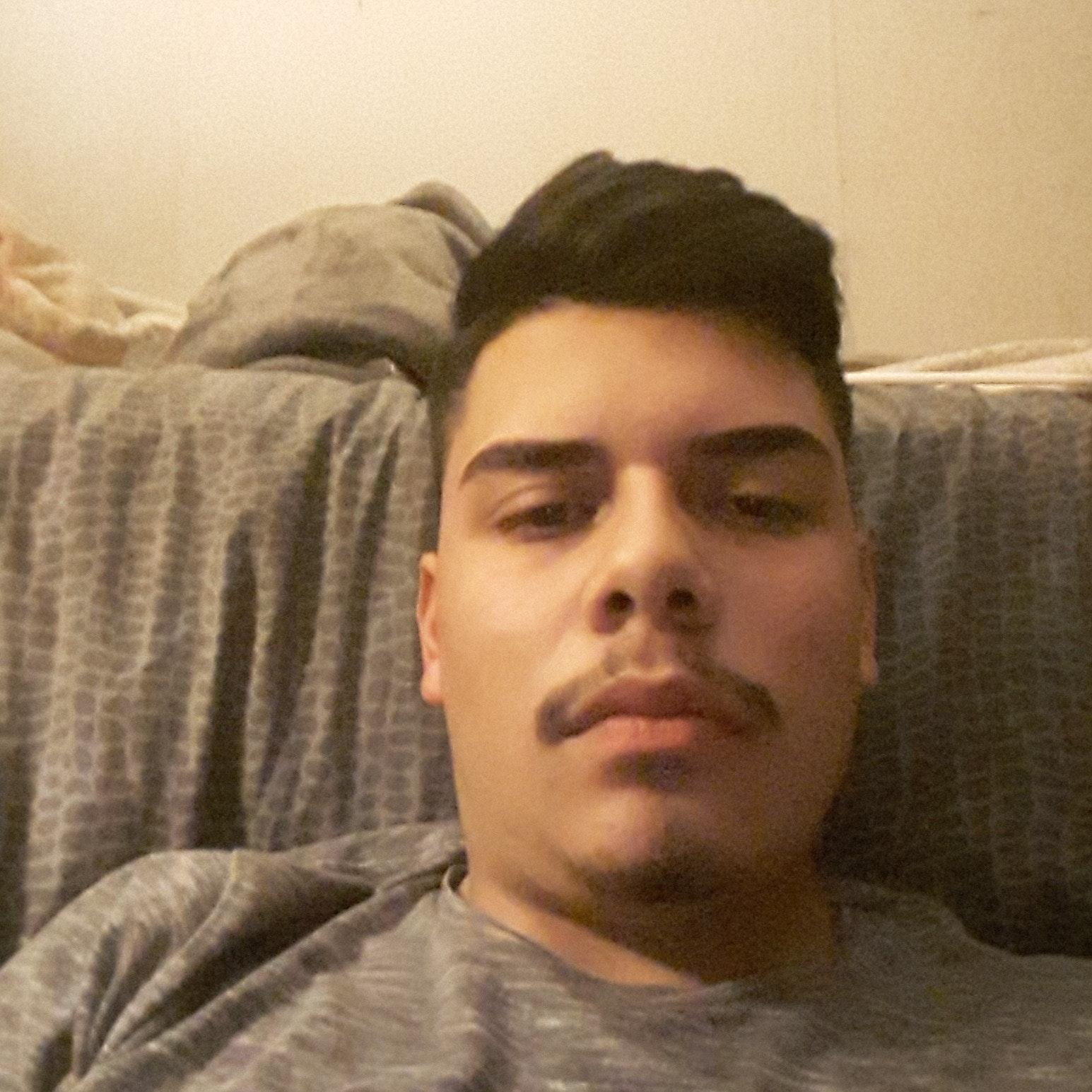 pet sitter Carlos