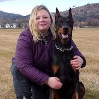 dog walker Mariya