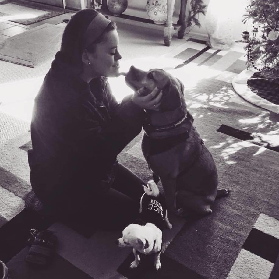 dog walker Emmaline