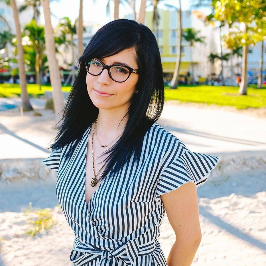 Jenna R.