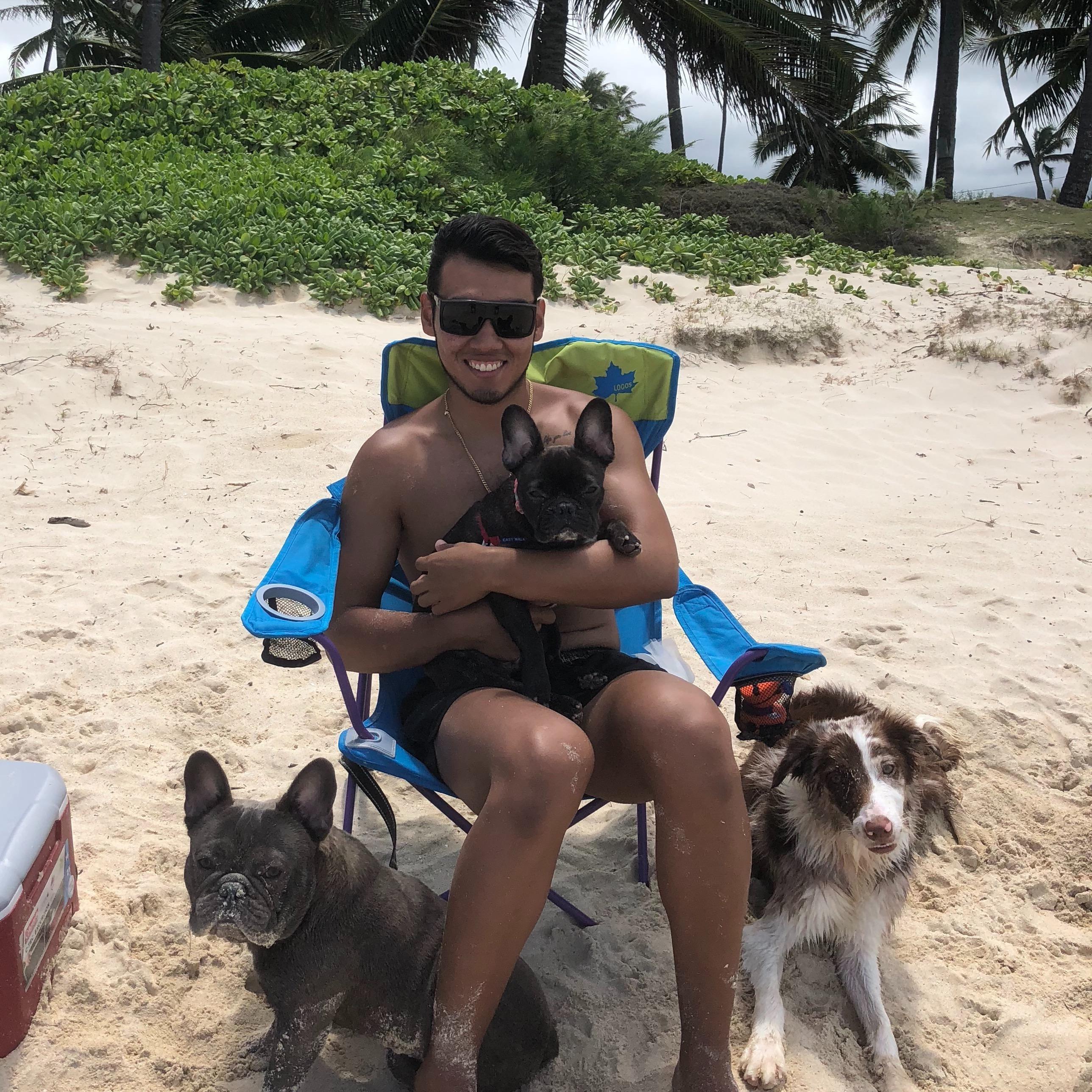 dog walker Rodolfo