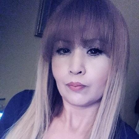 Vicky V.