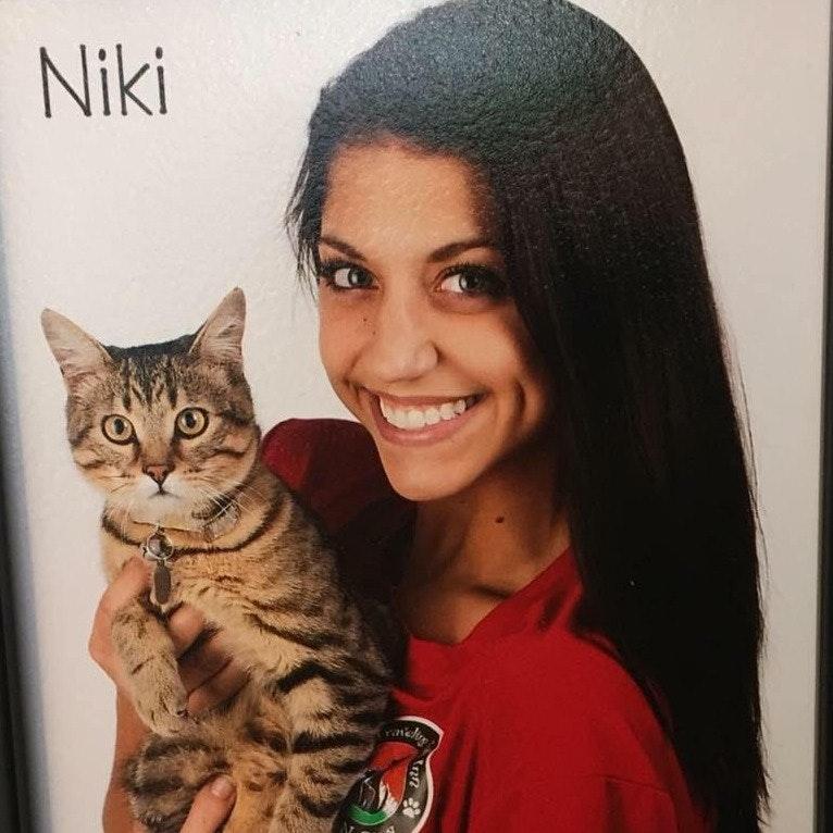 Niki Z.