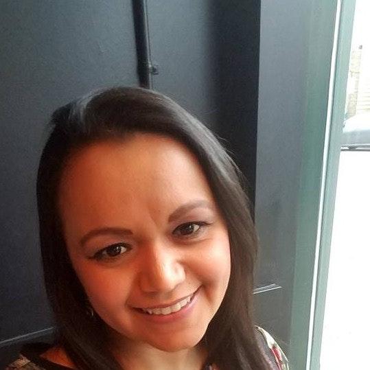 Ana Charlene R.