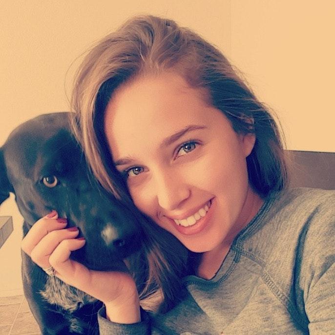 dog walker Sara