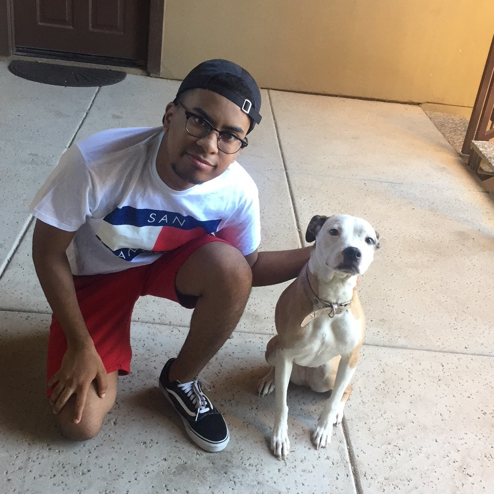 dog walker Elyjah